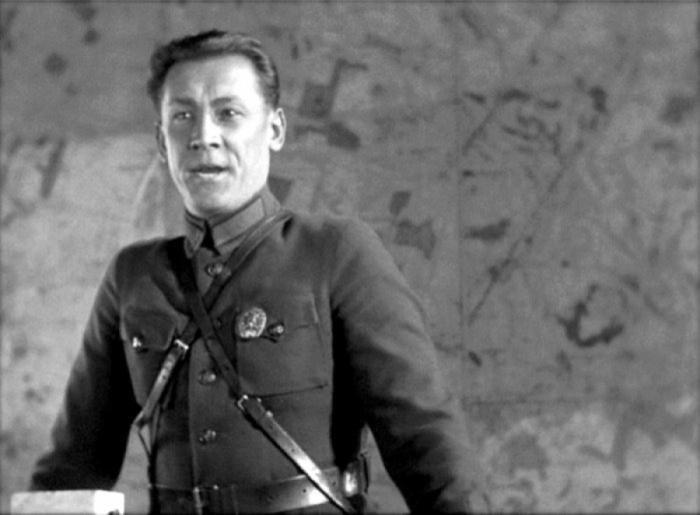 Александр Хвыля, кадр из фильма «Иван», 1932 год. / Фото: www.yaplakal.com