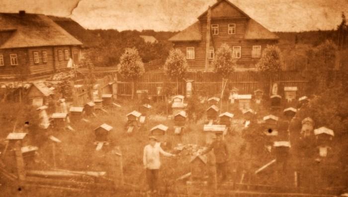 Люди трудились, возделывали землю, собирали урожай и мёд. / Фото: www.чудноеподворье.рф
