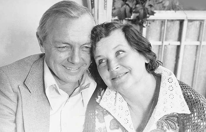 Кирилл Лавров и Валентина Николаева. / Фото: www.yaroslawiya.ru