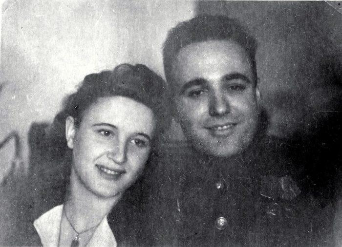 Семён Кузьмич Цвигун с женой Розой Михайловной. / Фото: www.историк.рф