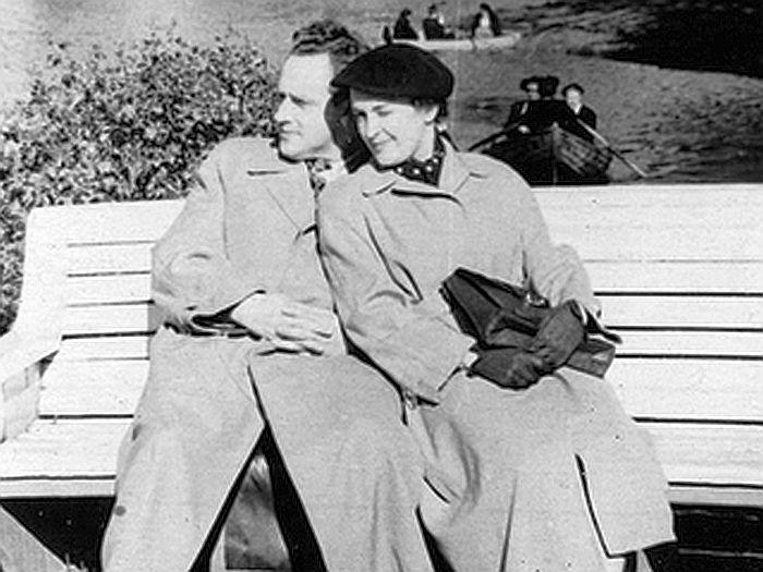 Владислав Стржельчик и Людмила Шувалова. / Фото: www.mtdata.ru