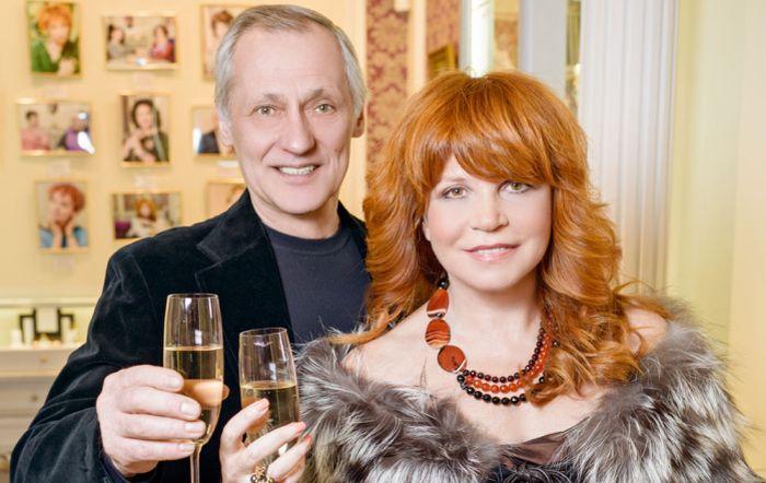 Наталья Бестемьянова и Игорь Бобрин. / Фото: www.галерея-самоцветов.рф