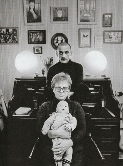 Светлана Крючкова с Юрием Векслером и сыном Митей. / Фото: www.newsinfo24.ru
