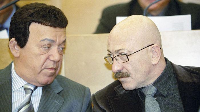 Александр Розенбаум и Иосиф Кобзон. / Фото: www.gazeta.ru