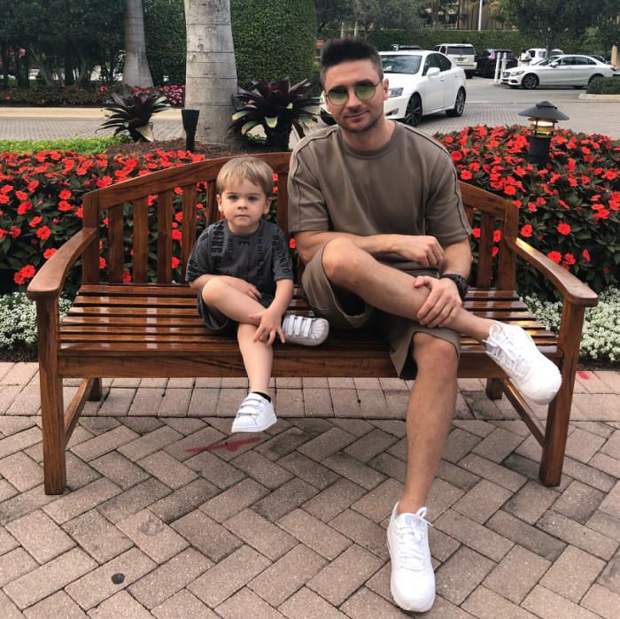 Сергей Лазарев с сыном.  / Фото: www.viva.ua