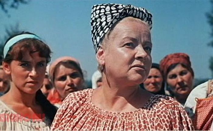 Зоя Фёдорова, кадр из фильма «Свадьба в Малиновке». / Фото: www.kino-teatr.ru