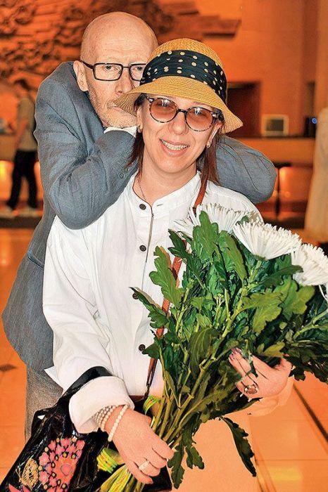Виктор Проскурин и Ирина Хонда.  / Фото: www.7days.ru