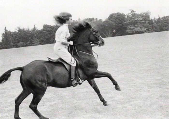 Принцесса Анна на Чемпионате Европы по конному спорту в Киеве, 1973. / Фото: www.eveningkiev.com