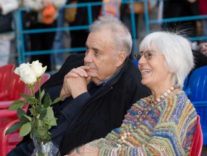 Эльдар Рязанов и Эмма Абайдуллина. / Фото: www.star-town.ru