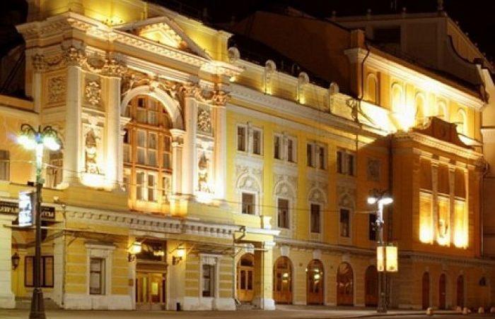 Российский академический молодёжный театр. / Фото: www.timeout.ru