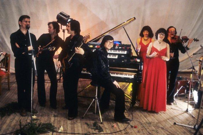 """Вокально-инструментальный ансамбль """"Верасы"""", 1980 год. / Фото: ИТАР-ТАСС"""