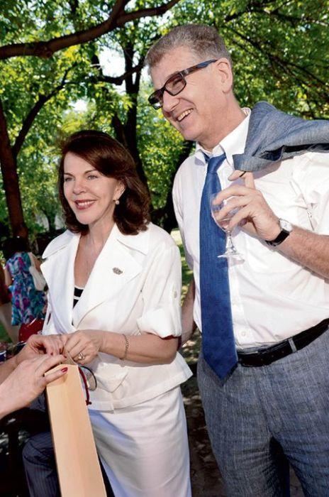 Игорь Костолевский и Консуэло де Авиланд. / Фото: www.timenews24.ru