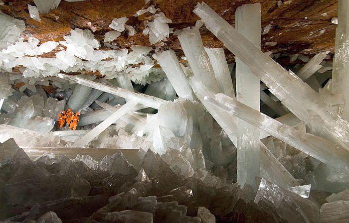 Сикстинская капелла кристаллов в Найке. / Фото: www.nat-geo.ru
