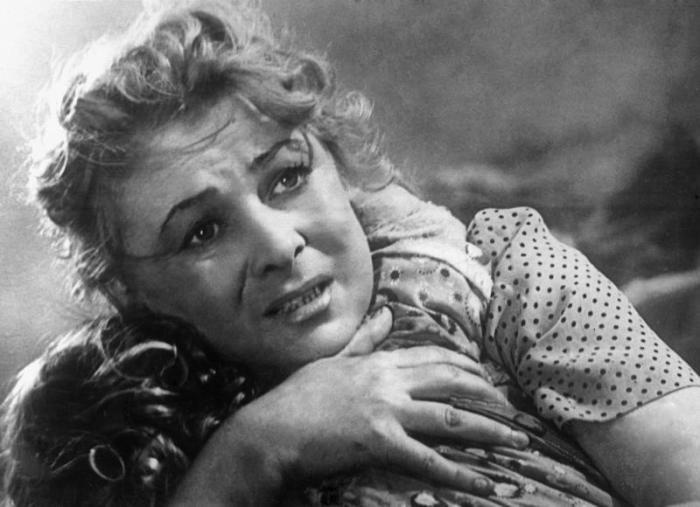 Валентина Серова. / Фото: www.kino-teatr.ru