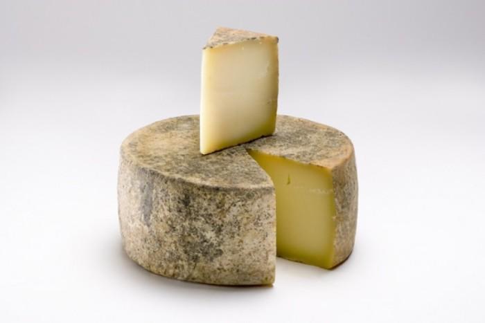 Сыр. / Фото: www.novostioede.ru
