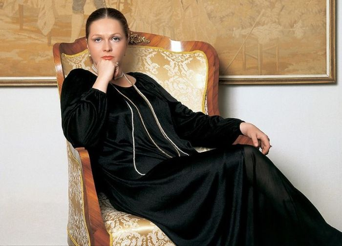 Наталья Гундарева. / Фото: www.7days.ru