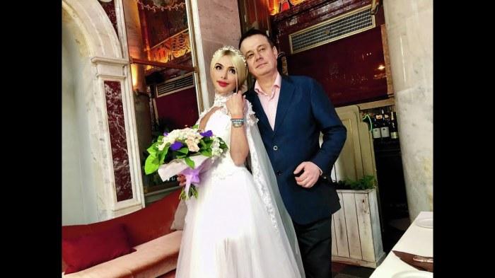 Алёна и Руслан Кравец снова муж и жена. / Фото: www.ytimg.com