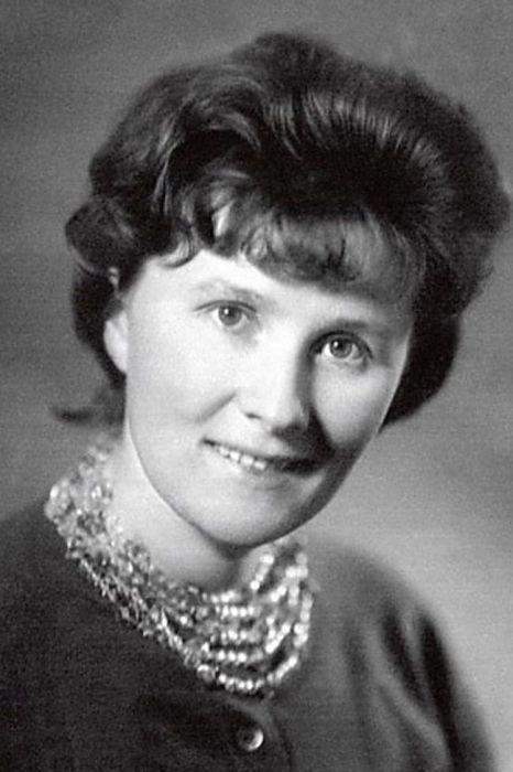 Людмила Иванова в молодости. / Фото: www.1001material.ru