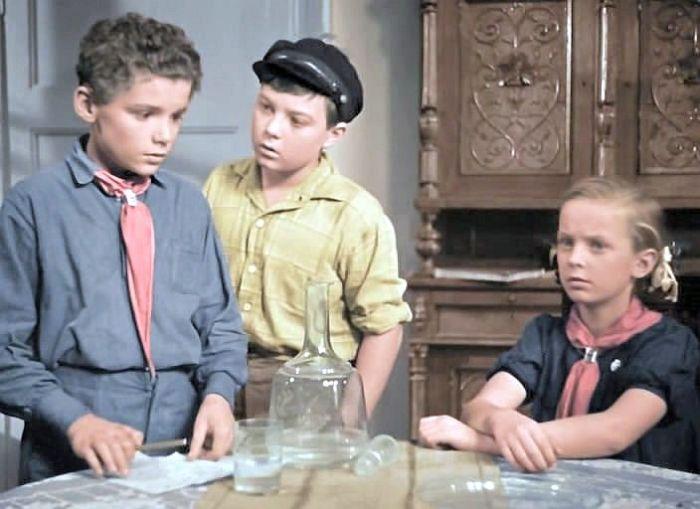 Кадр из фильма «Подкидыш». / Фото: www.kino-teatr.ru