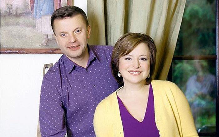 Леонид Парфёнов и Елена Чекалова. / Фото: www.новостичаса.рус