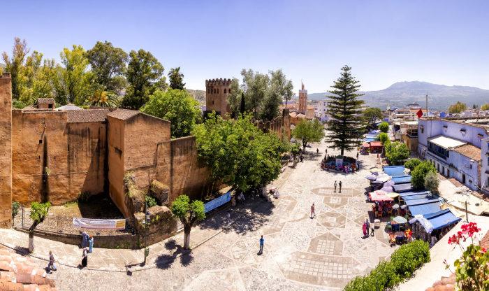 Центральная площадь и вид на Красную Касбу. / Фото: www.moroccopedia.com