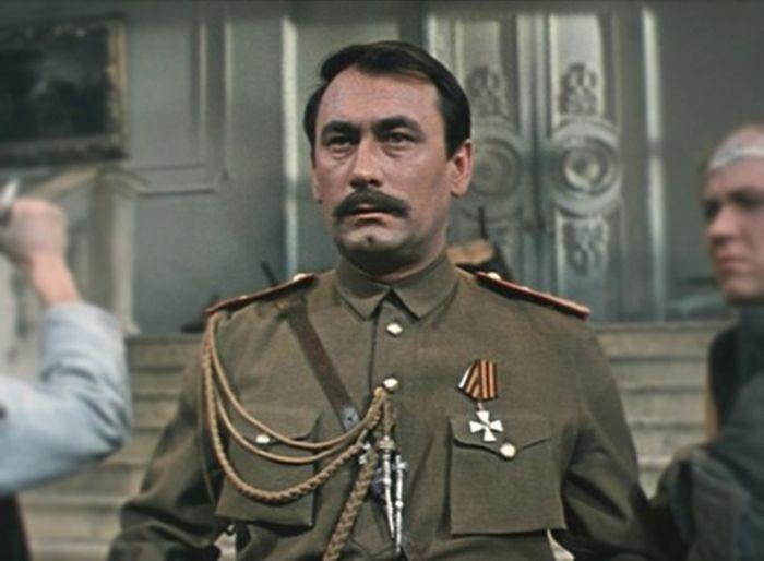 Владимир Самойлов, кадр из фильма «Свадьба в Малиновке». / Фото: www.donfilmstudios.ru