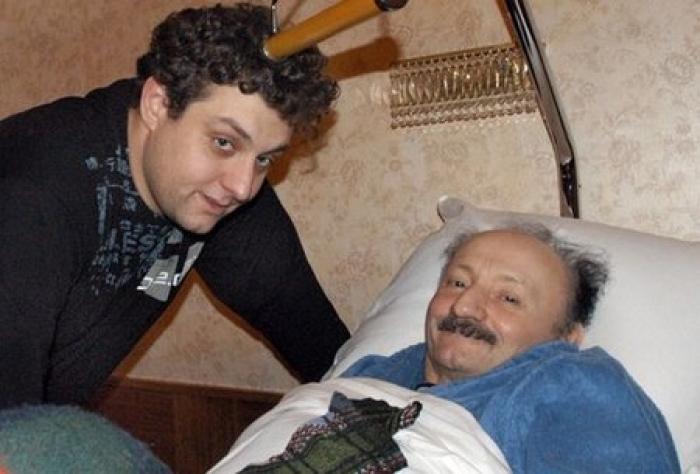 Михаил Полицеймако помогал отцу во всем. /  Фото: dayonline.ru