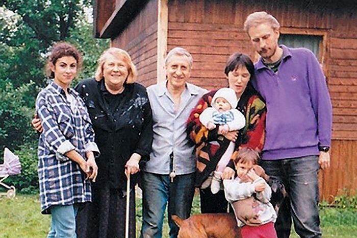 У них была очень дружная семья. / Фото: www.kino-novosti.org.ua