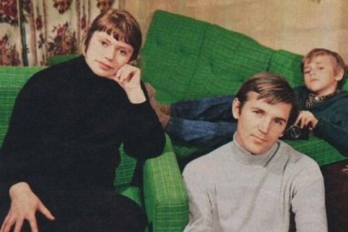Станислав Любшин с женой Светланой и сыном. / Фото: www.24smi.org