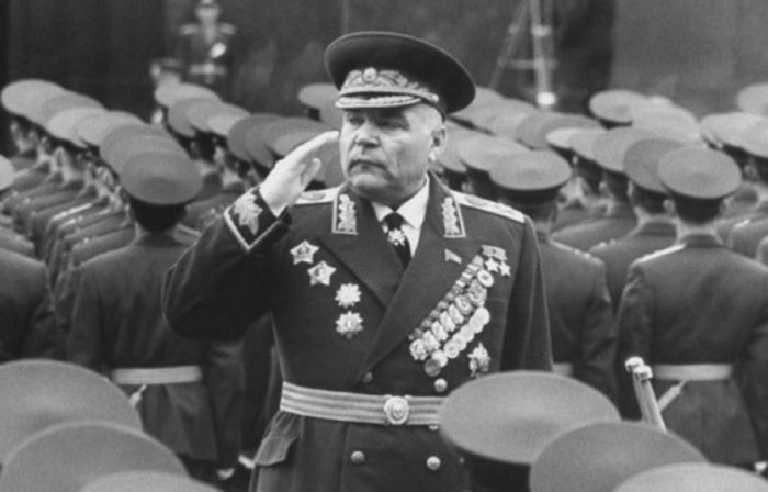 Маршал Малиновский. / Фото: www.aeslib.ru