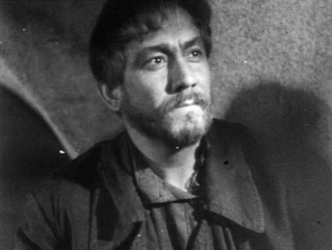 Александр Хвыля, кадр из фильма «Как закалялась сталь», 1942 год. / Фото: www.kino-teatr.ru