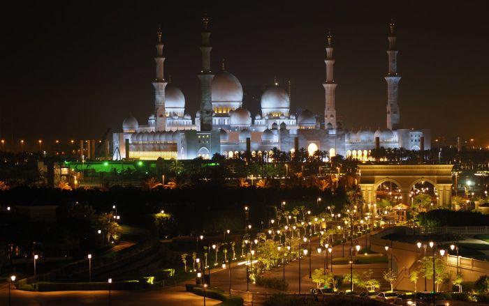 Мечеть шейха Зайда. / Фото: www.yandex.ru