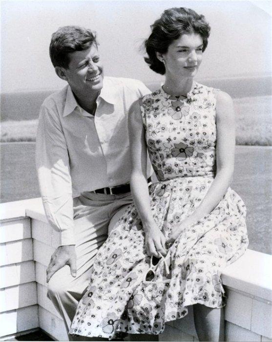 Жаклин и Джон Кеннеди. / Фото: www.livejournal.com