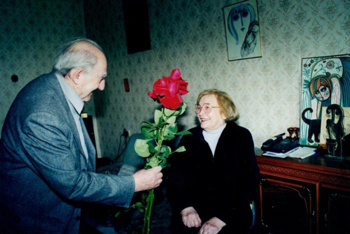 Виталий Гинзбург и Нина Ермакова. / Фото: www.rishonim.info
