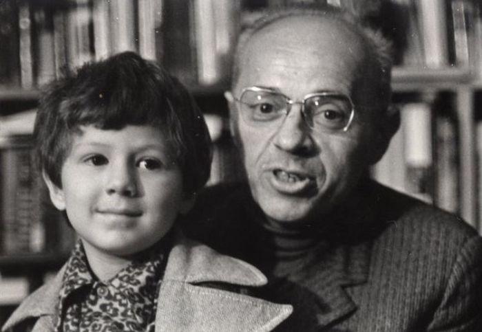 Станислав Лем с сыном. / Фото: www.lem.pl