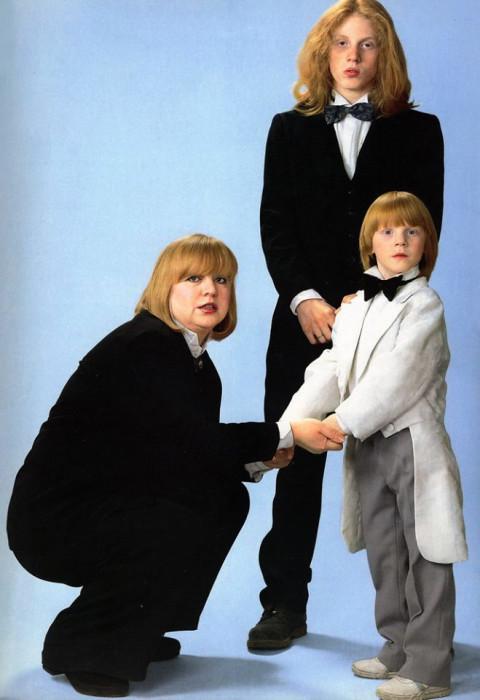 Светлана Крючкова с сыновьями. / Фото: www.mtdata.ru