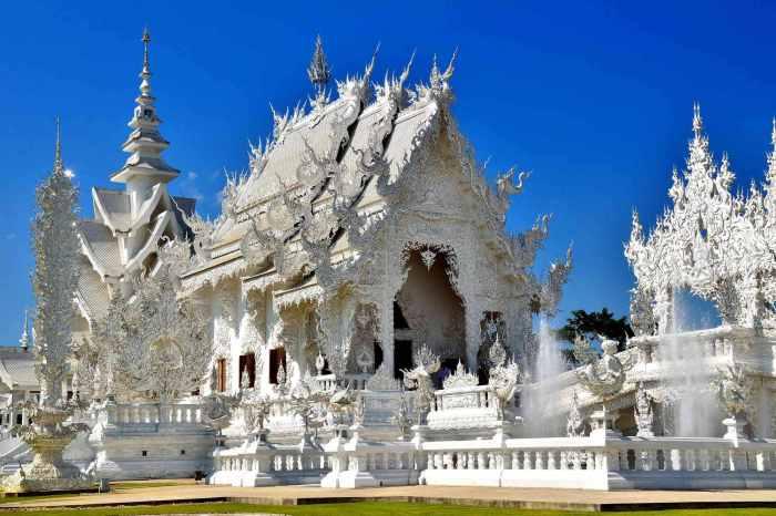 Изящное кружево Белого храма. / Фото: www.firetrip.me