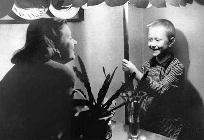 Андрей Миронов в детстве. / Фото: www.pokazuha.ru