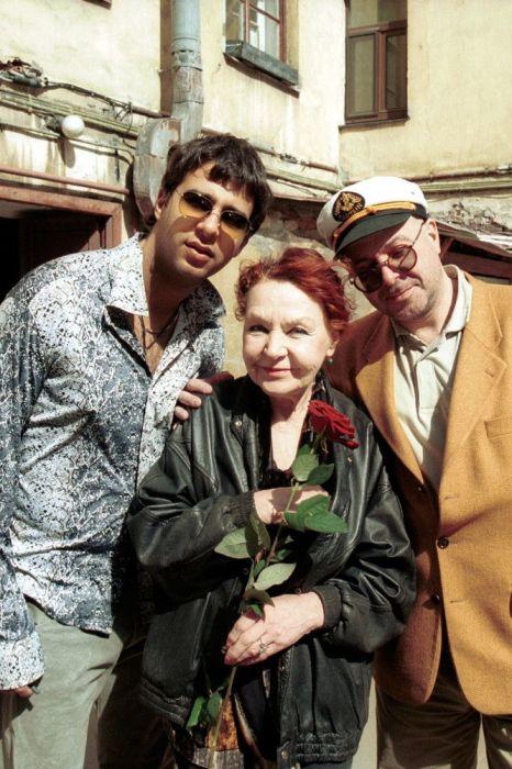 Нина Ургант с сыном Андреем и внуком Иваном. / Фото: www.starhit.ru