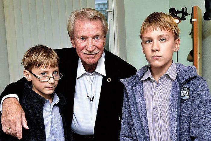 Иван Краско с сыновьями Иваном и Фёдором. / Фото: www.triboona.ru