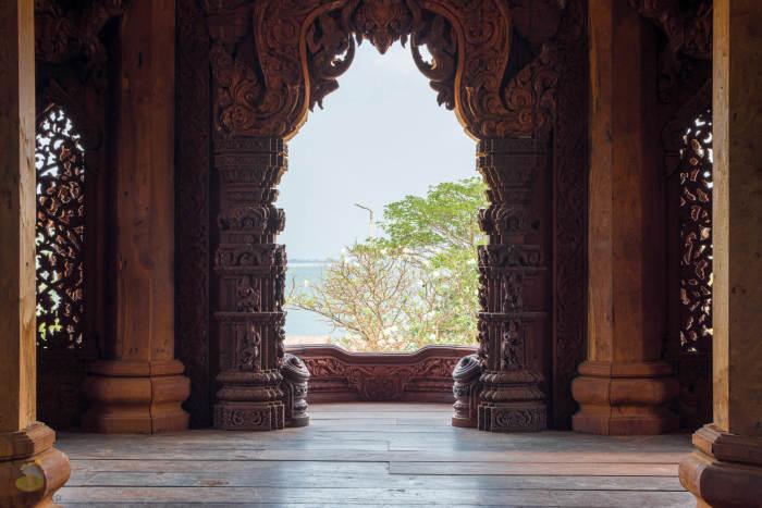 Внутри Храма Истины. / Фото: www.thaihi.ru