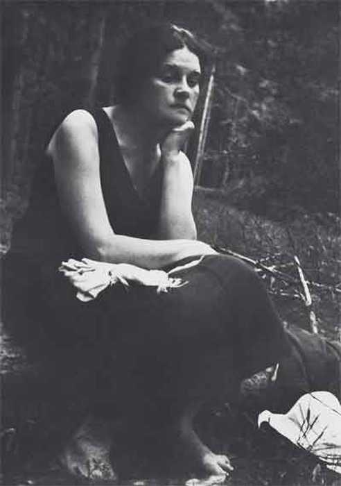 В.Д.Пришвина. 1946. Дунино. Фото М.М.Пришвина
