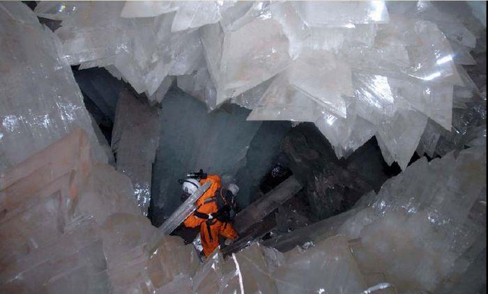 Фотографии не могут передать всё величие и красоту пещеры. / Фото: www.inspired.com.ua