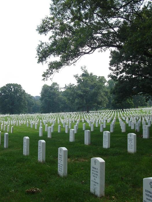 Кладбище в Америке.