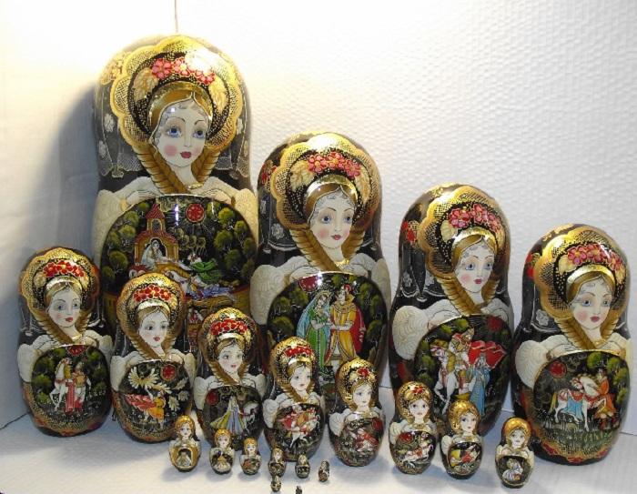 Русские матрешки.