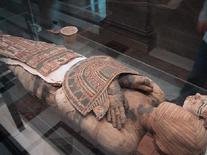 Древнеегипетская мумия.