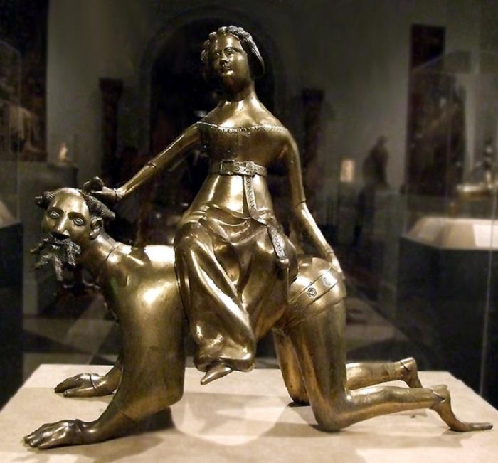 Кампаспа и Аристотель. Бронзовая статуя.