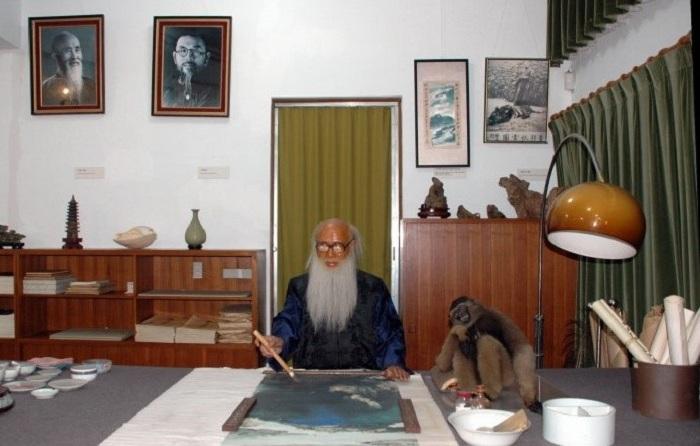 Чжан Дацянь в своей мастерской. | Фото: world-lecture-project.org