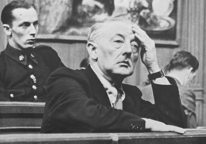 Хенрикус Антониус ван Меегерен в зале суда.