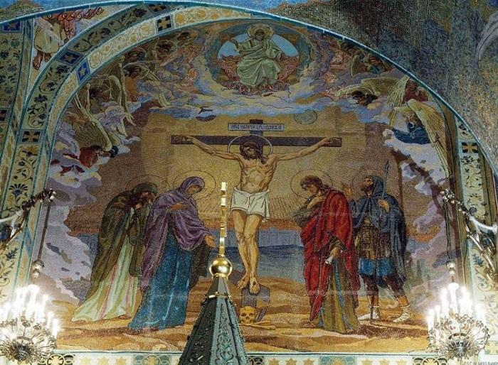 Распятие Христа. В. В. Беляев. Мозаика храма Воскресения Христова. Санкт-Петербург
